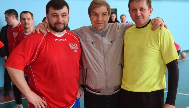 Товарищеский матч по футзалу в память Виктора Чанова