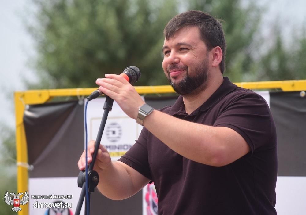 Денис Пушилин открыл турнир по автокроссу на Кубок главы администрации города Горловки