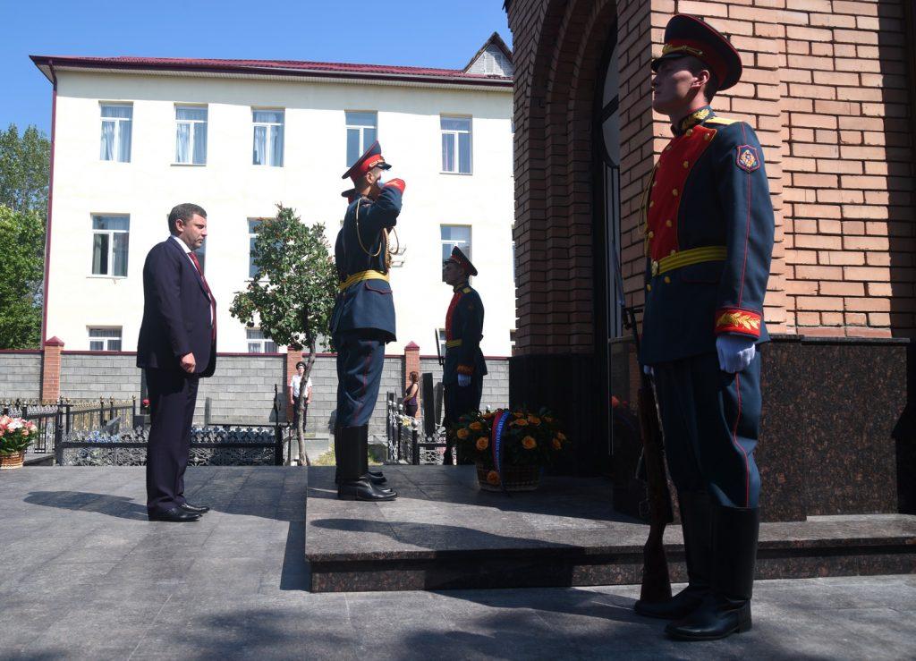 Делегация ДНР приняла участие в торжествах по случаю десятой годовщины признания государственной независимости Республики Южная Осетия