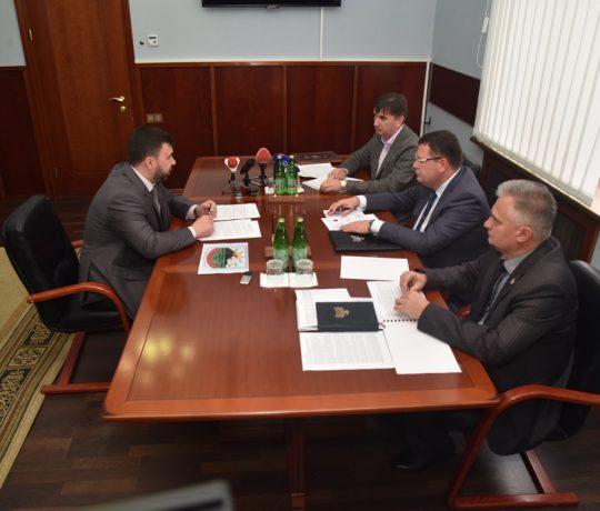 Врио Главы ДНР Денис Пушилин утвердил программу ликвидации штрафной задолженности шахты «Горняк-95»