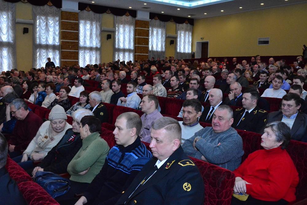 Глава ДНР Денис Пушилин поздравил коллектив шахты имени Засядько с 60-летним юбилеем предприятия