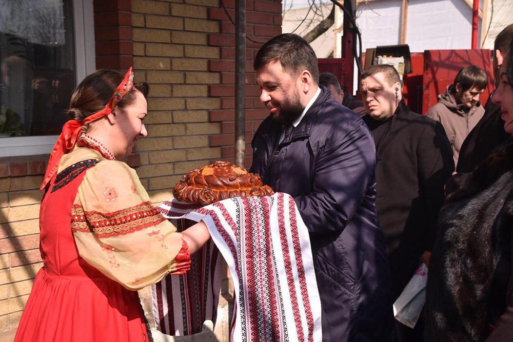 Глава ДНР Денис Пушилин открыл новый газопровод в прифронтовом районе Горловки