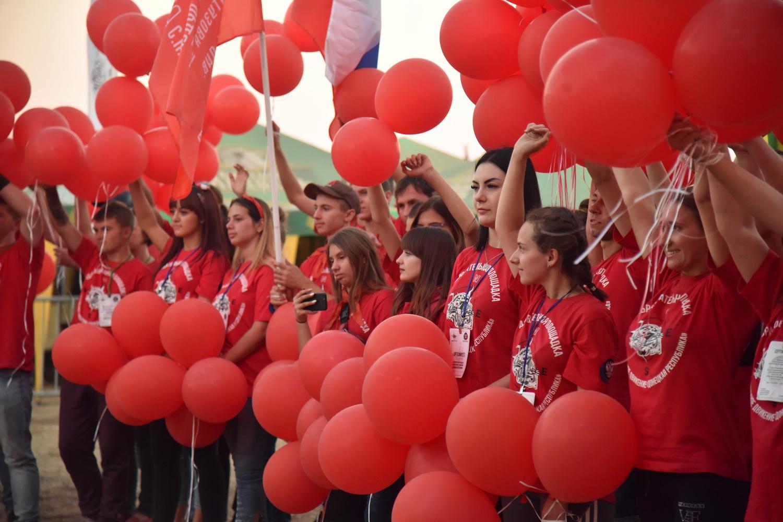 Глава ДНР Денис Пушилин вручил награды победителям чемпионата «Донбасс патриот – трофи»