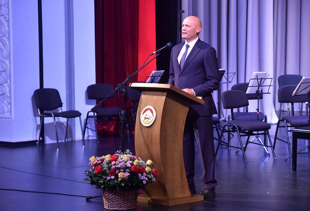 Глава ДНР Денис Пушилин поздравил народ Южной Осетии с Днем Республики