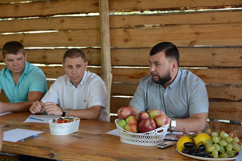 Глава ДНР Денис Пушилин провел встречу с аграриями