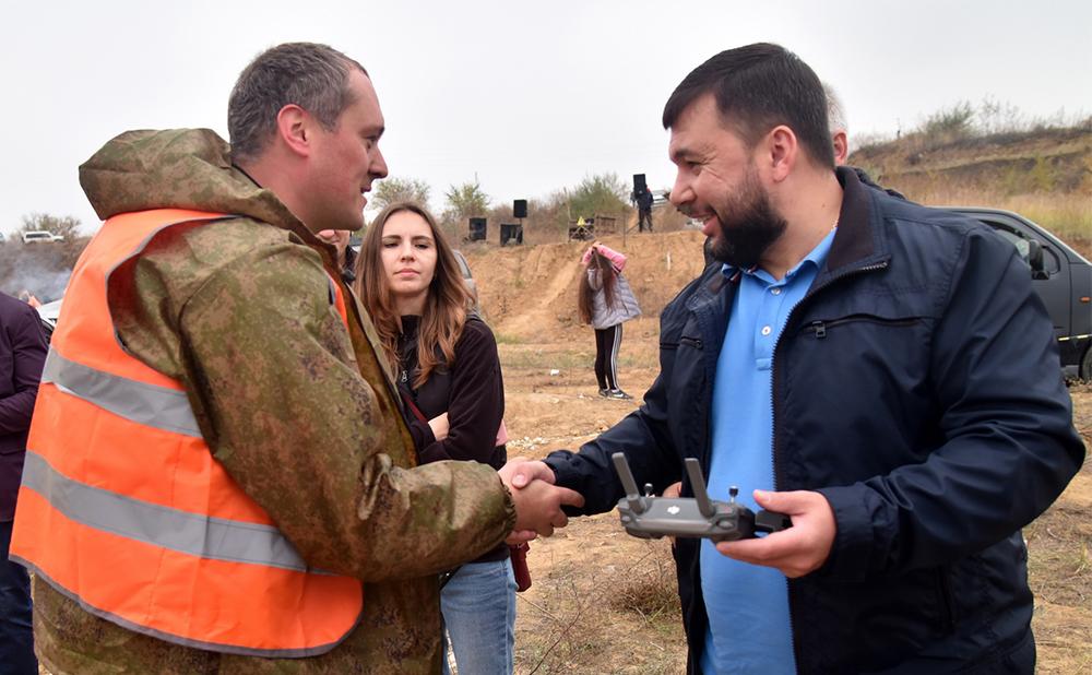 Глава ДНР Денис Пушилин поддержал команду Республики на Чемпионате Ростовской области по трофи-рейдам