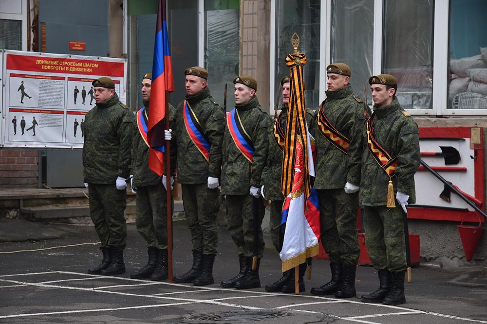 Глава ДНР Денис Пушилин поздравил бойцов 1-го Гвардейского батальона специального назначения с пятилетием его основания