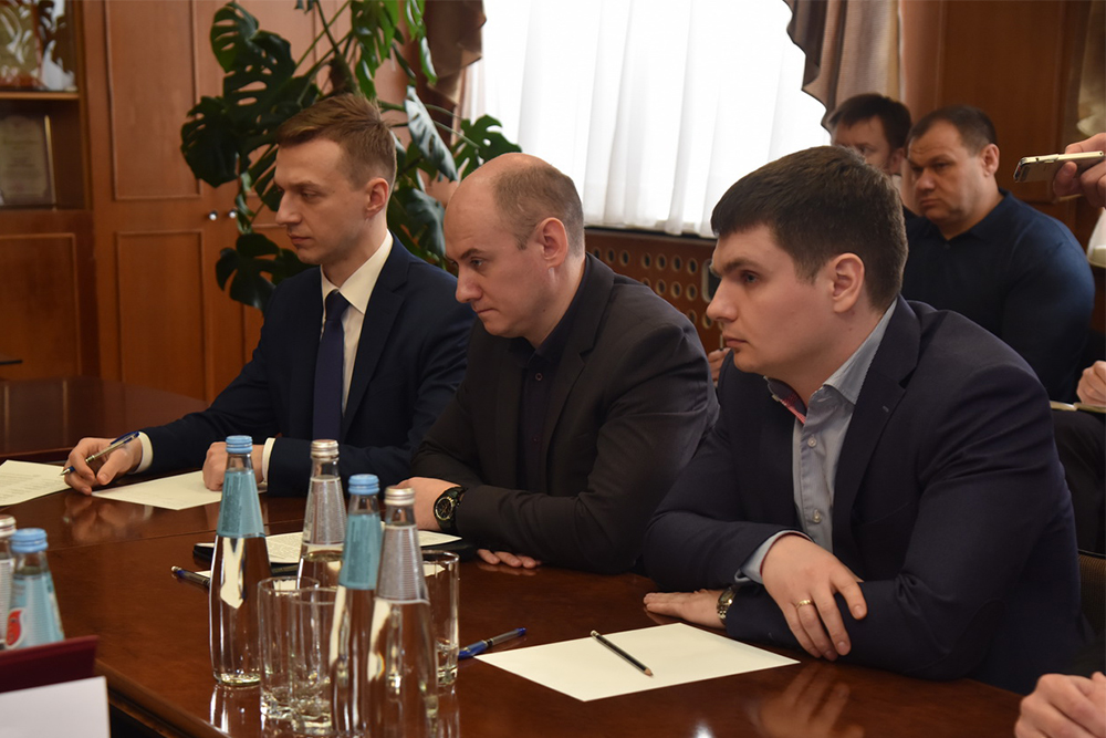 Глава ДНР Денис Пушилин провел выездное совещание по вопросам продовольственной безопасности