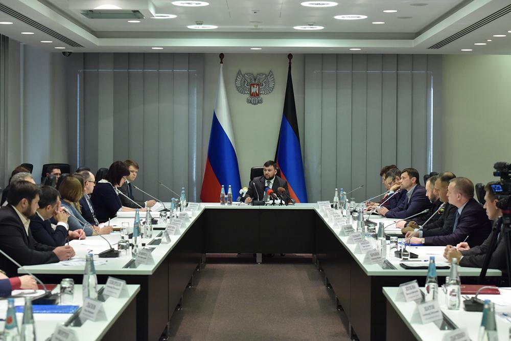Глава ДНР Денис Пушилин поручил улучшить организацию питания в общеобразовательных учреждениях