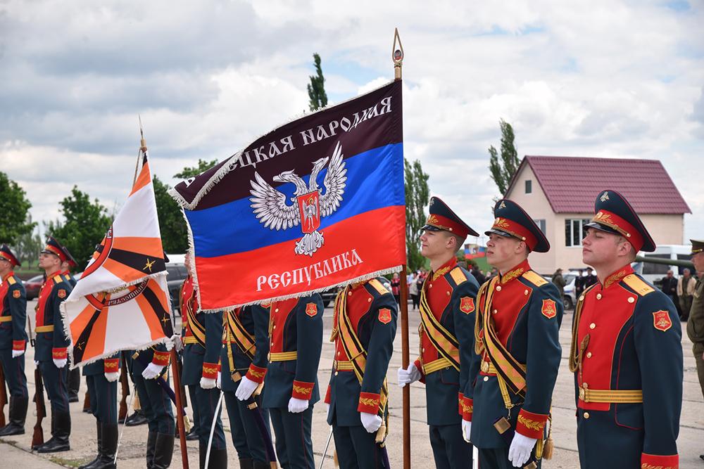 В преддверии Дня Великой Победы Глава ДНР Денис Пушилин почтил память защитников Саур-Могилы