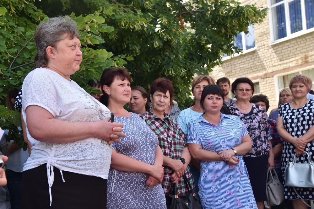 Глава ДНР Денис Пушилин пообщался с жителями одного из поселков города Снежное
